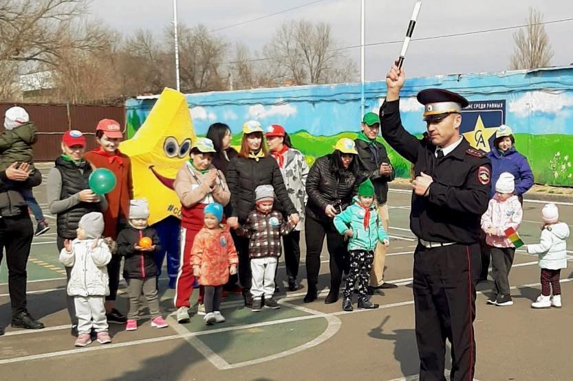 На Дону стартовал региональный конкурс детских садов «Дружим с «ДДД» — Изучаем «ПДД»